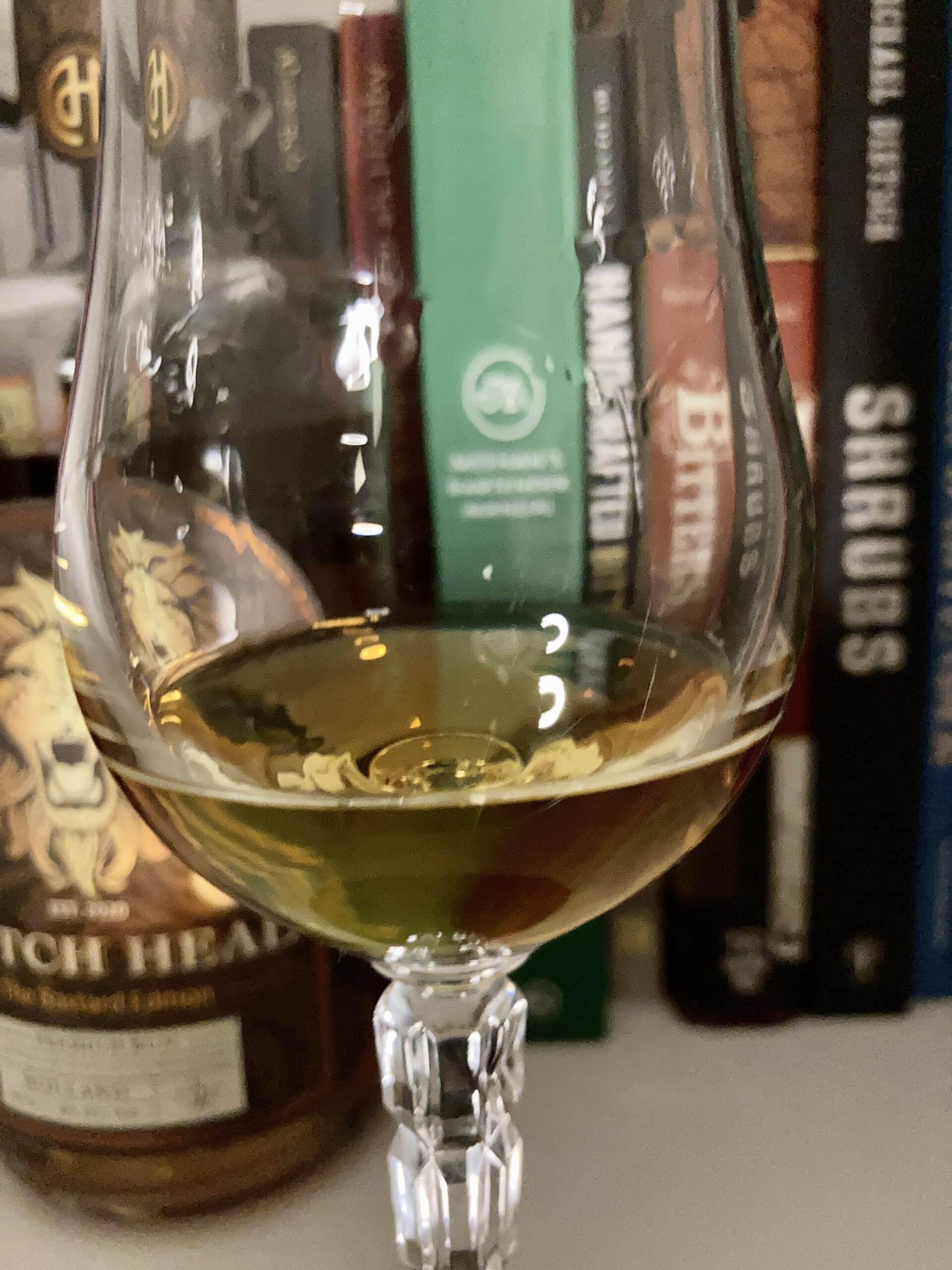 Dutch Head Rum im Glas
