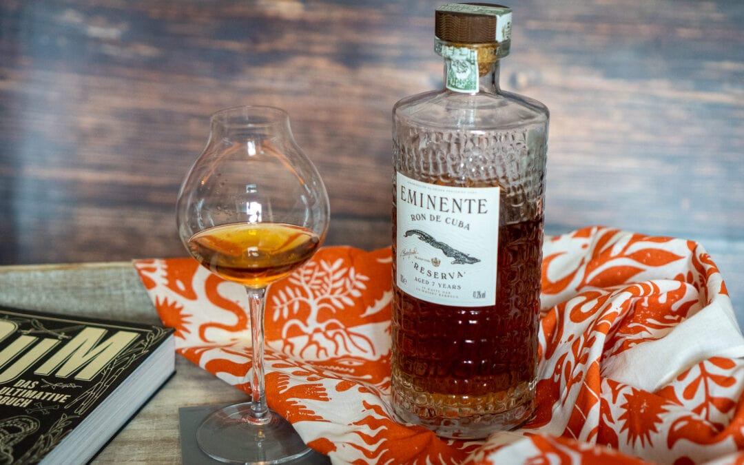 Eminente Rum im Glas