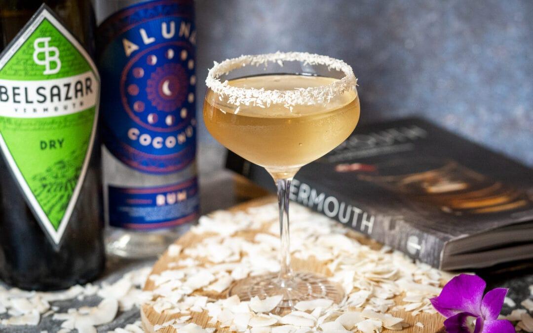 Cocotini – So mixt man eine Martini mit Kokosnuss-Rum