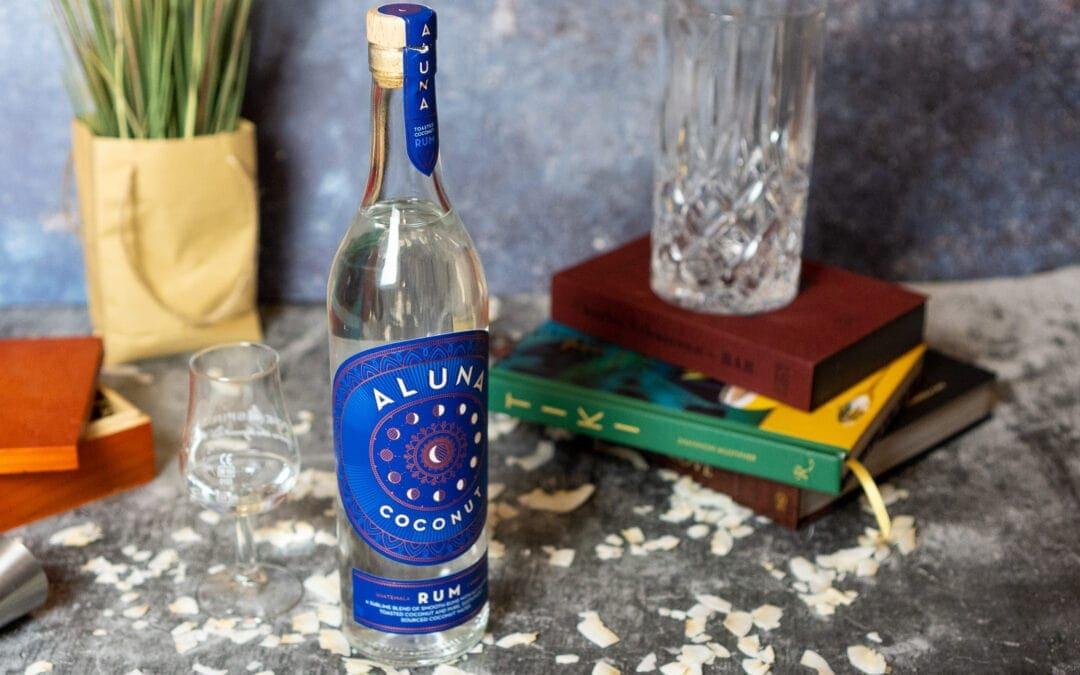 Aluna Coconut Rum im Test – Wer Kokosnuss liebt, ist hier genau richtig