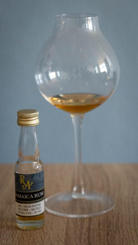Rum Artesanal Hampden 89
