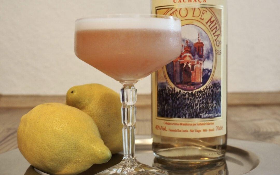 Cacharetto Sour – der Cocktail mit Cachaca und Amaretto